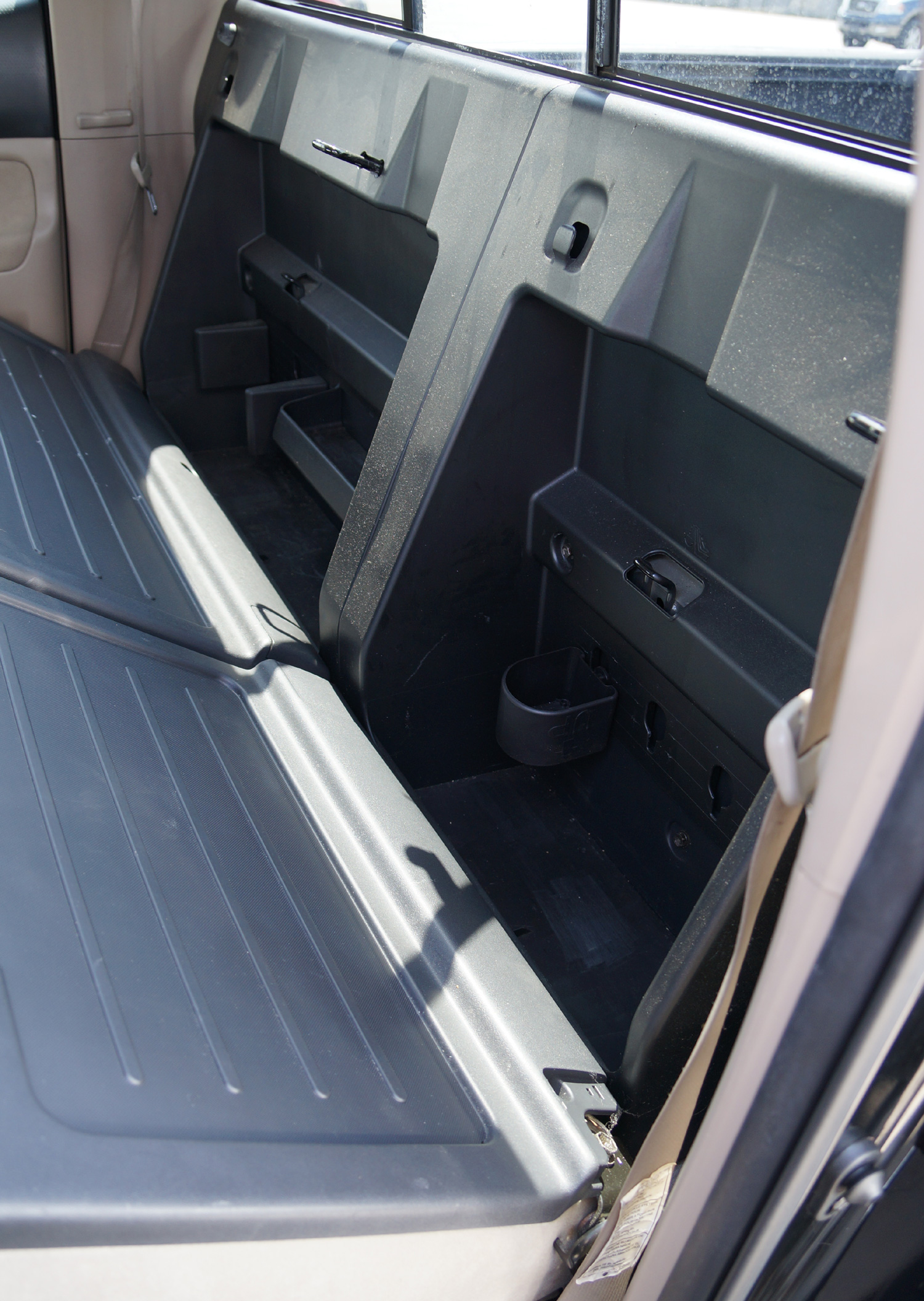 toyota tacoma 05 12 double cab truck dual 10 sub box. Black Bedroom Furniture Sets. Home Design Ideas