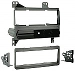 Metra 99-7326 Single DIN Dash Installation Kit for 2007-2008 Hyundai Elantra Vehicles