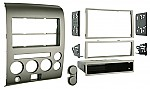 Metra 99-7606 Single DIN / Double DIN Installation Kit for 2006-2007 Nissan Titan/Armada with Dual Zone Climate Control