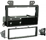 Metra 99-7502 2002 - 2006 MAZDA MPV LX Car Audio Radio Installation Kit
